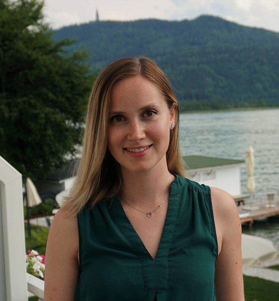 Melanie Raab